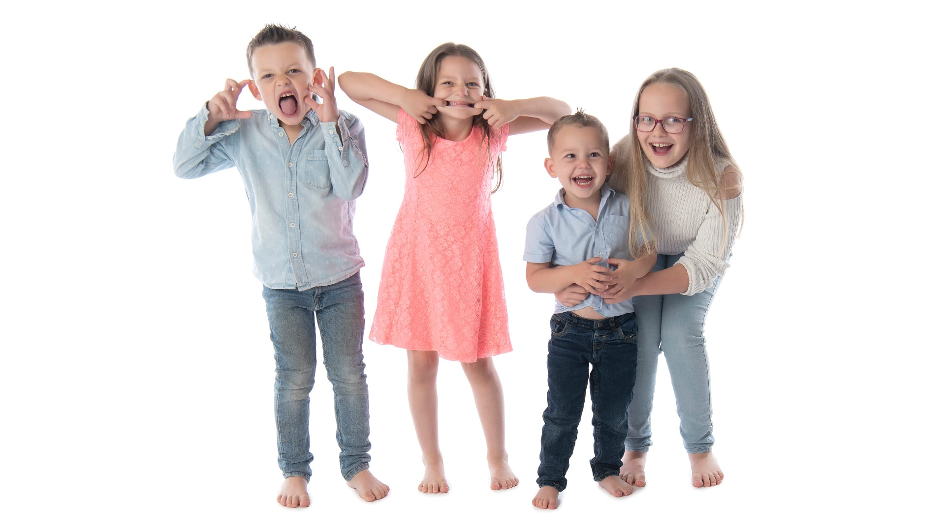 family-portrait-photography-cheltenham-two-front-teeth02