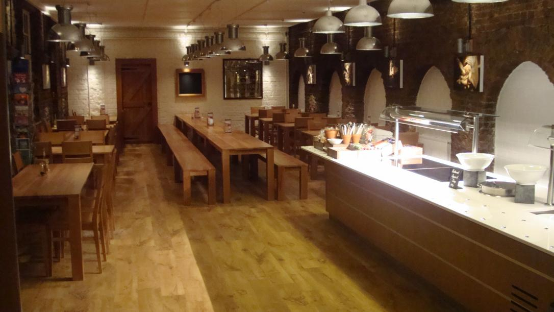 Fullers Chiswick Servery Front of house Servery Food Display spacecatering 2