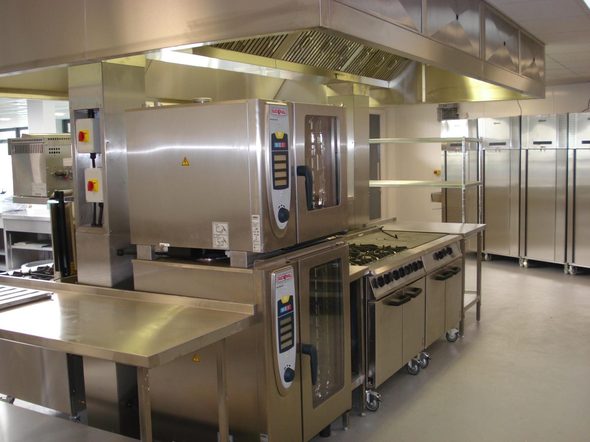 Gloucester-College-Gloucester-Servery-Stainless-Steel-fabrication-cooking-Foodtech-teaching-spacecatering_4