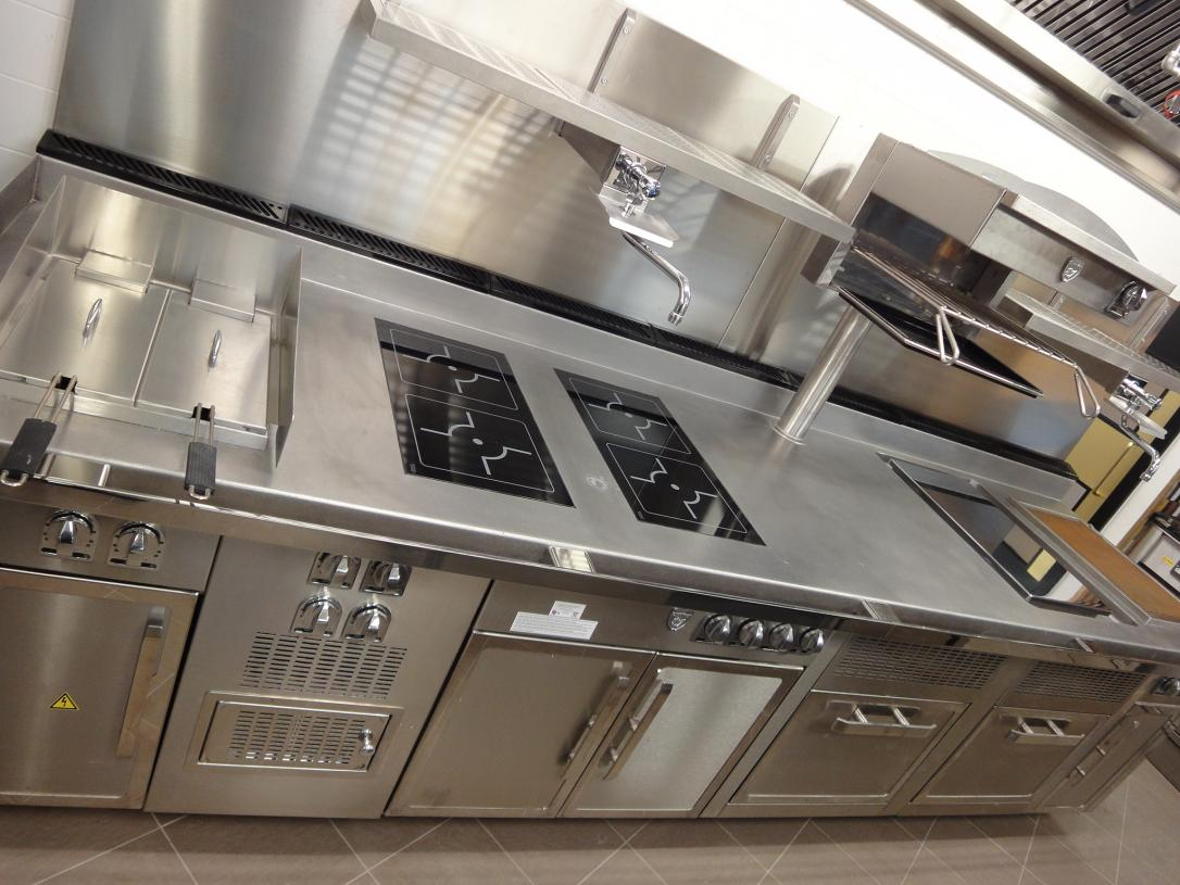 Hotel Verta Von Essen Battersea Kitchen Fabrication Stainless Steel Commercial spacecatering 8