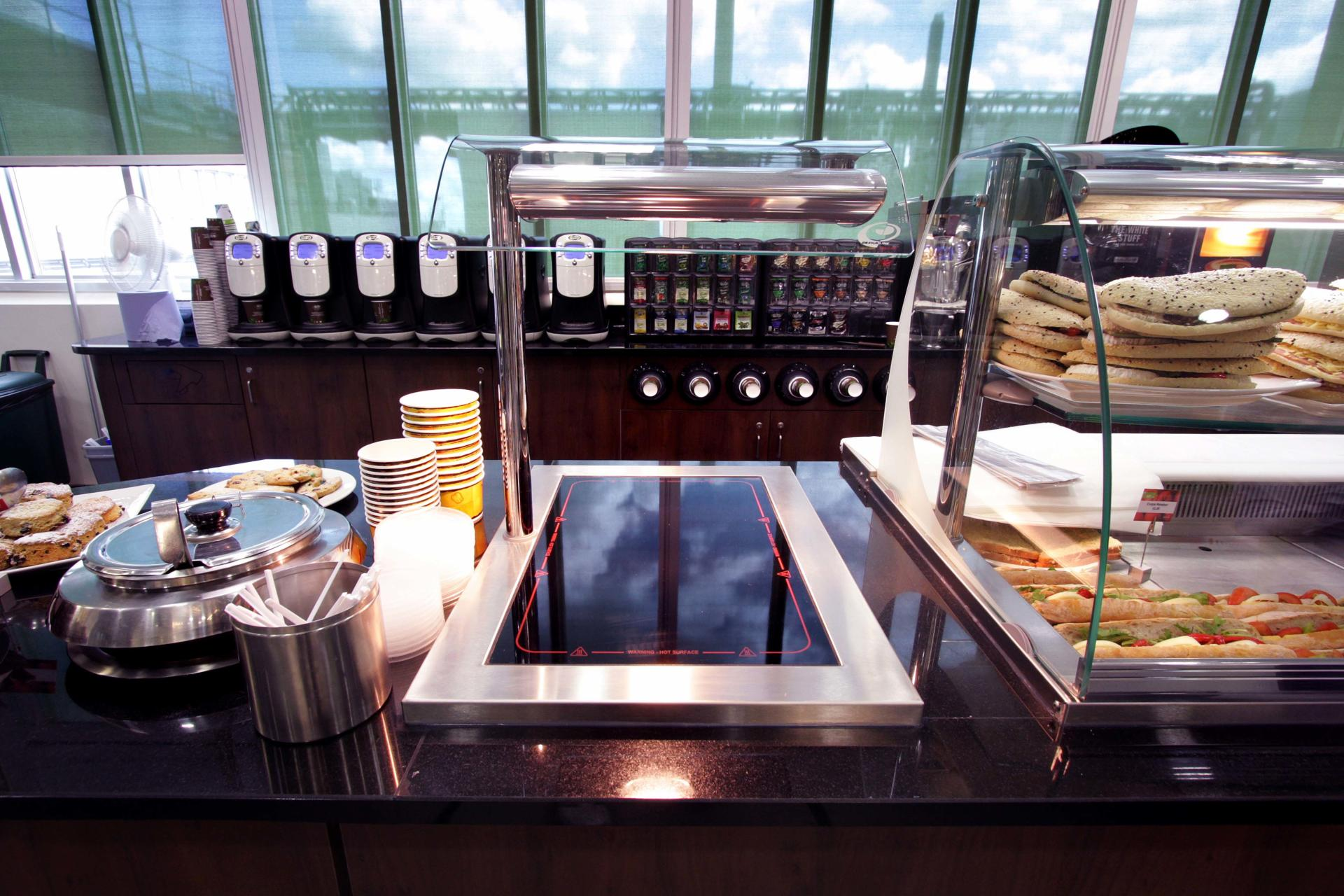Mars-Sodexo-Slough-Staff-Severy-Front-of-house-Servery-Food-Display-spacecatering_3