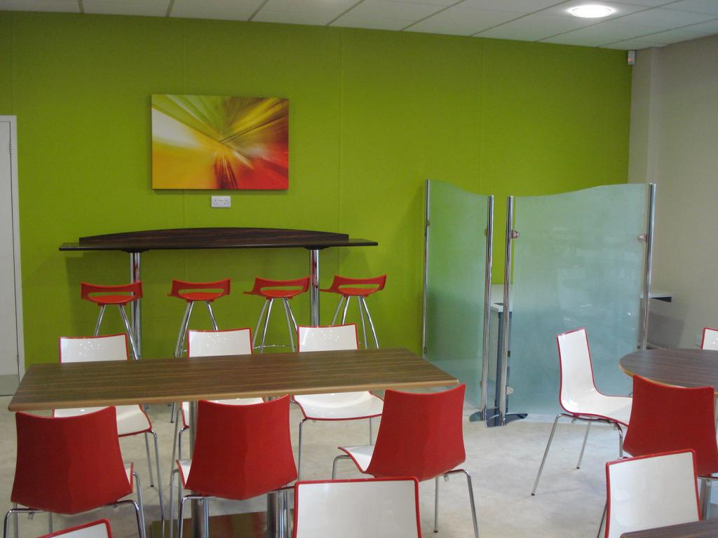 moog-tewkesbury-contract-furniture-interior-and-layout-design-scheme-outdoor-furniture-02-spacefurniture