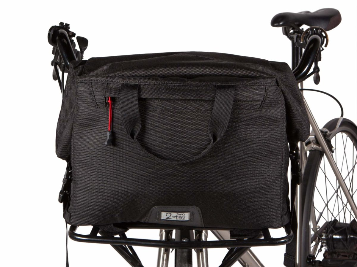 Two Wheel Gear – Dayliner Box Bag – Black-on bike-front rack-front