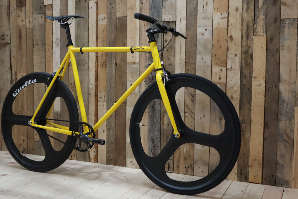 Quella Custom Fixie Manchester Bee